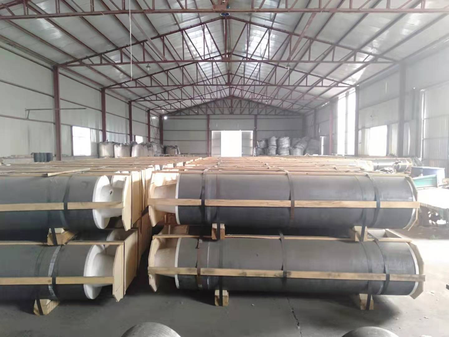 2017-New Built another big Warehouse for graphite electrode and CPC